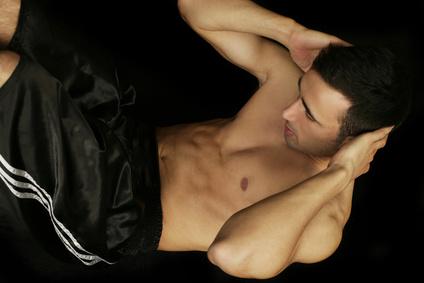 training trainieren bauchtmuskelraining zu hause uebungen beinheben