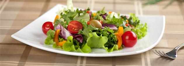 Der perfekte Low-Carb Salat für den Sommer!