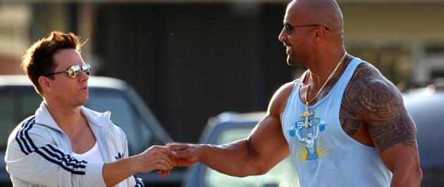 Mark Wahlberg und Dwayne Johnson Trainingspartner