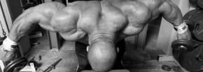 3 Übungen für einen ausgeprägten Delta Muskel